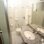 Banheiro apartamento - San Silvestre Hotel